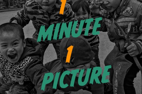 1 Picture 1 Minute